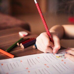 devenir éducateur spécialisé auprès des enfants